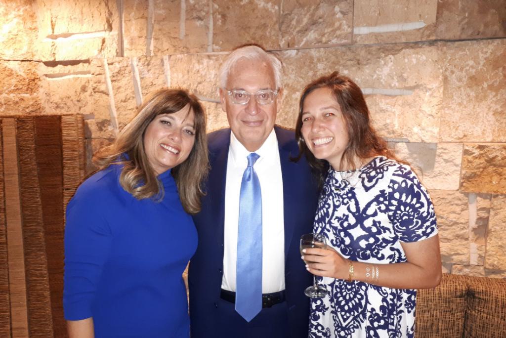 David Friedman mit seiner Frau Tammy (links) und seiner Tochter Talia