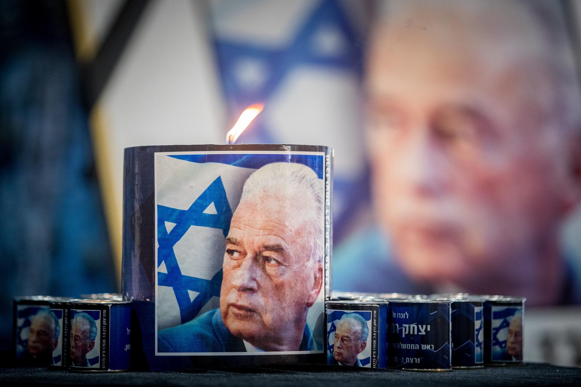 Gedenkkerze für Yitzhak Rabin